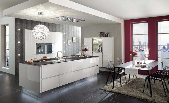 cuisine plus invite les parisiens vivre la dolce vita avec un concept kitchen unique infos 75. Black Bedroom Furniture Sets. Home Design Ideas