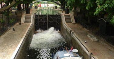 paris canal saint martin