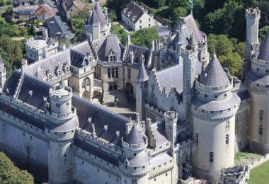 Chateau-de-Pierrefonds-panoramique_image-max