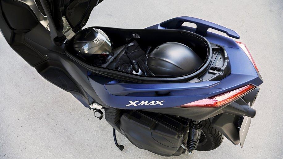 2018-Yamaha-X-MAX-400-EU-Phantom-Blue-Detail-006-533ed