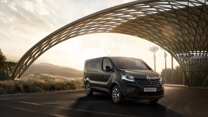 renault-trafic-spaceclass-reveal-001.jpg.ximg.l_8_m.smart