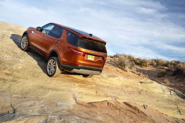 land-rover-discovery5_2