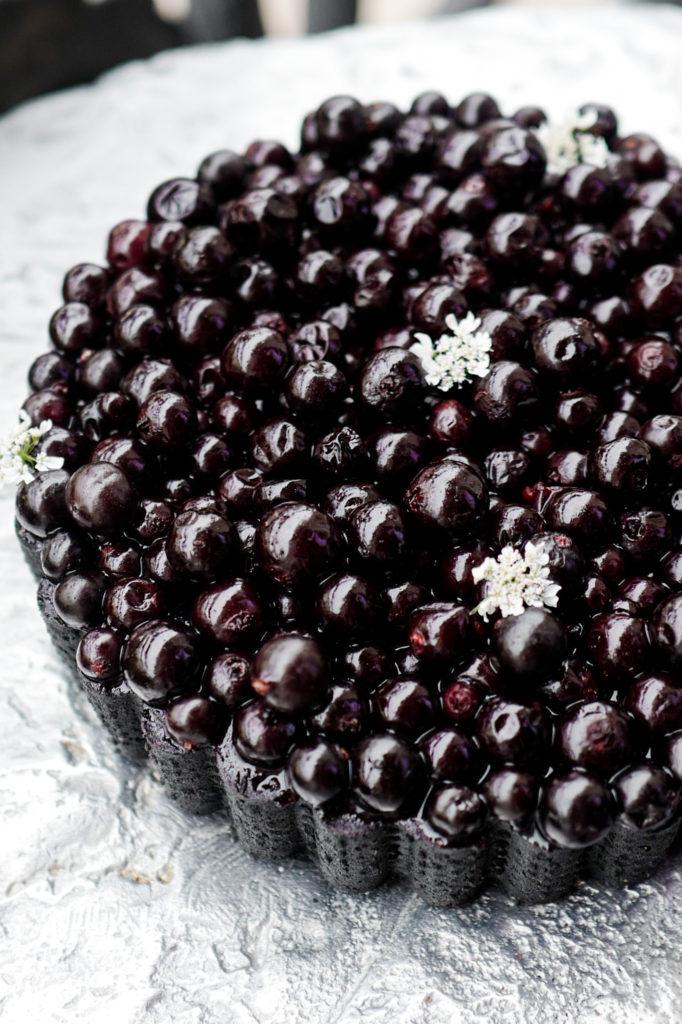 Dessert-Quentin-Lechat-La-tarte-au-cassis-@Pariswithcharlotte
