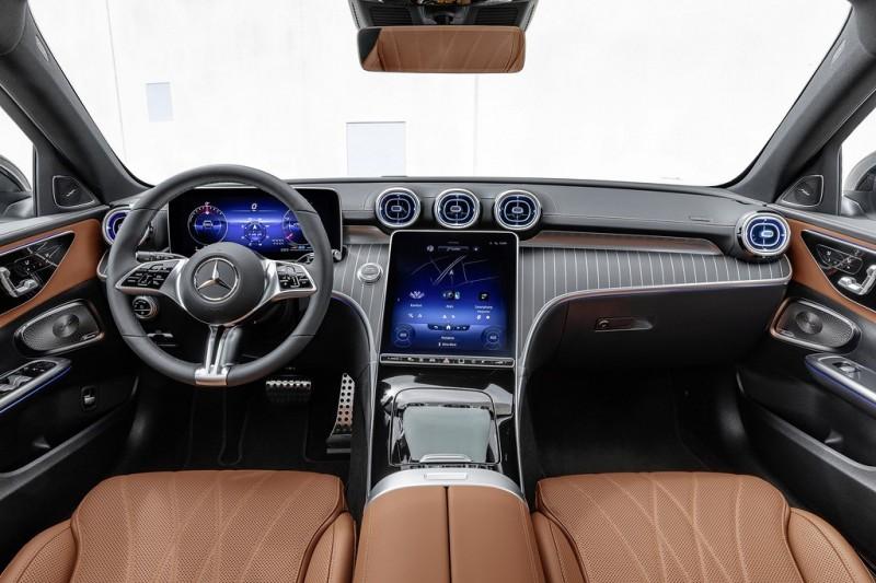 Mercedes-Benz C-Klasse All Terrain; Exterieur: designo opalithweiß bright, AVANTGARDE, Night-Paket; Interieur: Leder sienabraun Mercedes-Benz C-Class All Terrain; exterior: designo opalite white bright, AVANTGARDE, Night package; interior: leather sienna brown
